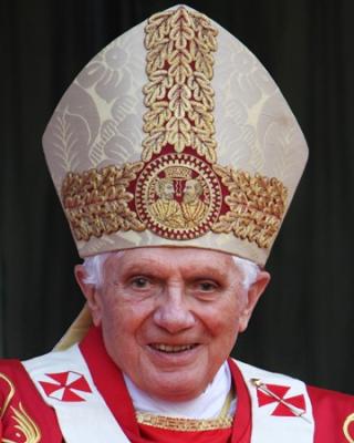 Pope-benedict-xvi-medium